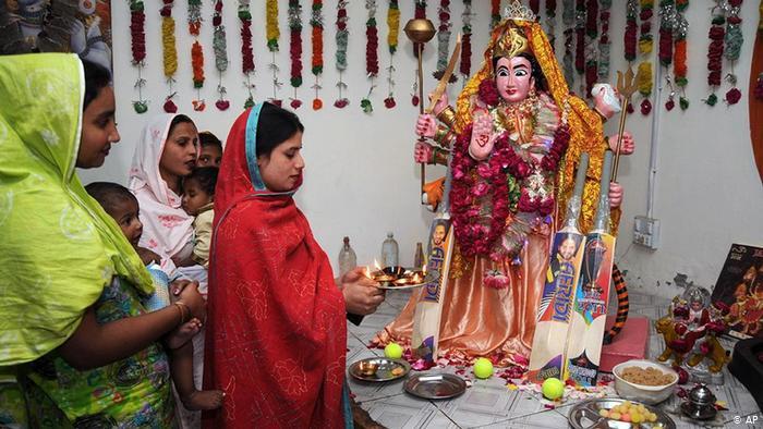 Pakistani Hindu life pooja
