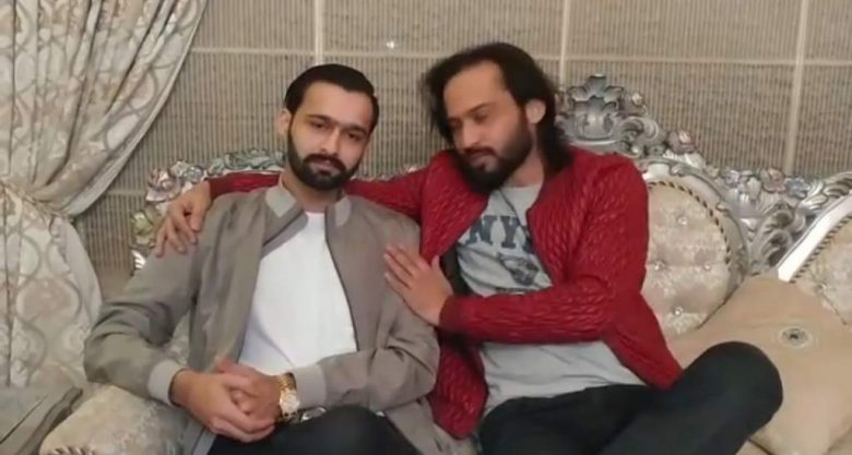 waqar-zaka-beaten